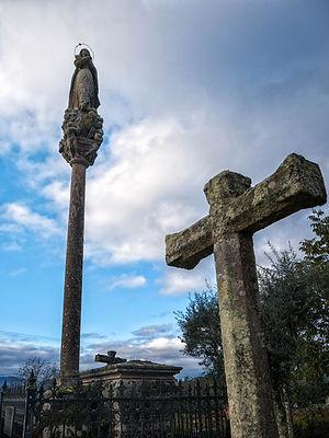 Cementerio de Cabreira parroquia de Salvaterra de Miño (Pontevedra) Galicia. Photoperiplo, viajar y fotografiar estuvo allí, nos acompañas.