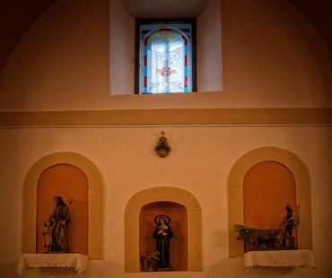Interior de la iglesia...