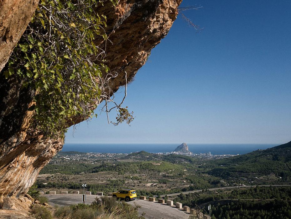 Vista desde el Abrigo neolítico de Pinós en Benissa, Marina Alta (Alicante) España. Photoperiplo estuvo alli fotografiando. Viajar para fotografiar.