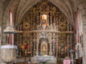 Interior de la Iglesia románica de San Martiño de Nogueira...
