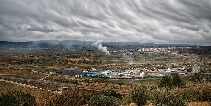 Impresionante vista de la Font de La Figuera un día de abril de 2016.