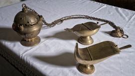 Incensario y sus accesorios...