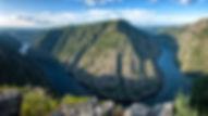 Mirador de Vilouxe en Nogueira de Ramuín - Luintra (Ourense, Galicia, Spain) en plena Ribeira Sacra, Photoperiplo estuvo allí porque nos encanta viajar para fotografiar, nos acompañas?