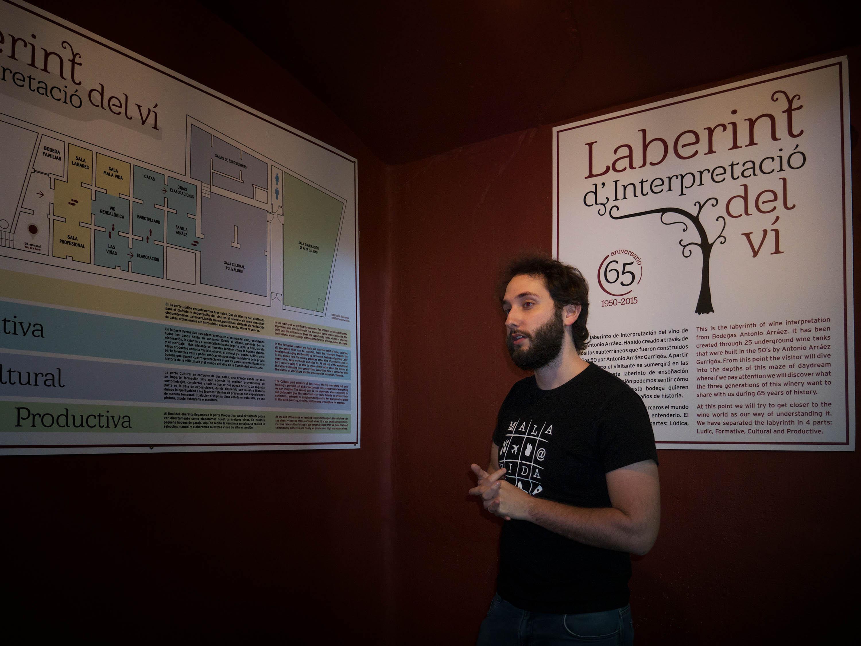 Inicio del Laberinto del vino