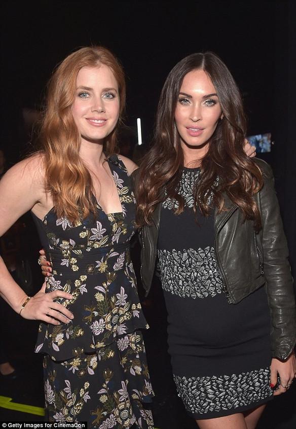 Megan Fox tries to get a divorce, gets pregnant instead