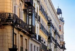 apartment-architecture-balcony-258181_ed