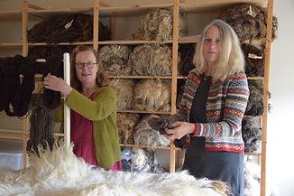 Stiel Wolwerkplaats Workshop Vachtbewerking de wolwinkel voor natuurlijke garens en wol in Twente
