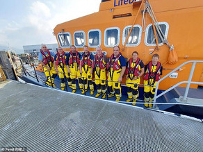 Swimmer rescued 2½ miles out at sea after TWELVE HOURS in the water off of Ireland