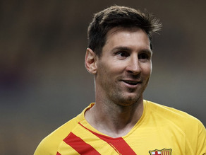 Lionel Messi's record-setting soccer cleats to be auctioned