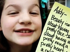 Father writes daughter 690 inspiring lunch notes to ease her anxiety