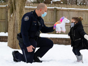 A police officer's kindness, with an assist from a unicorn, touches a community's heart