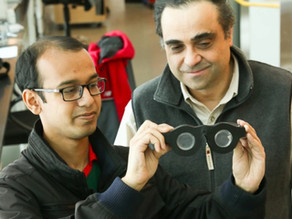 These Glicerin-Filled 'Smart Glasses' Adjust To Your Vision Automatically