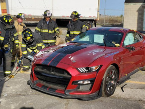 Firefighters destroy $90,000 Mustang Shelby GT500 ... here's why that's good