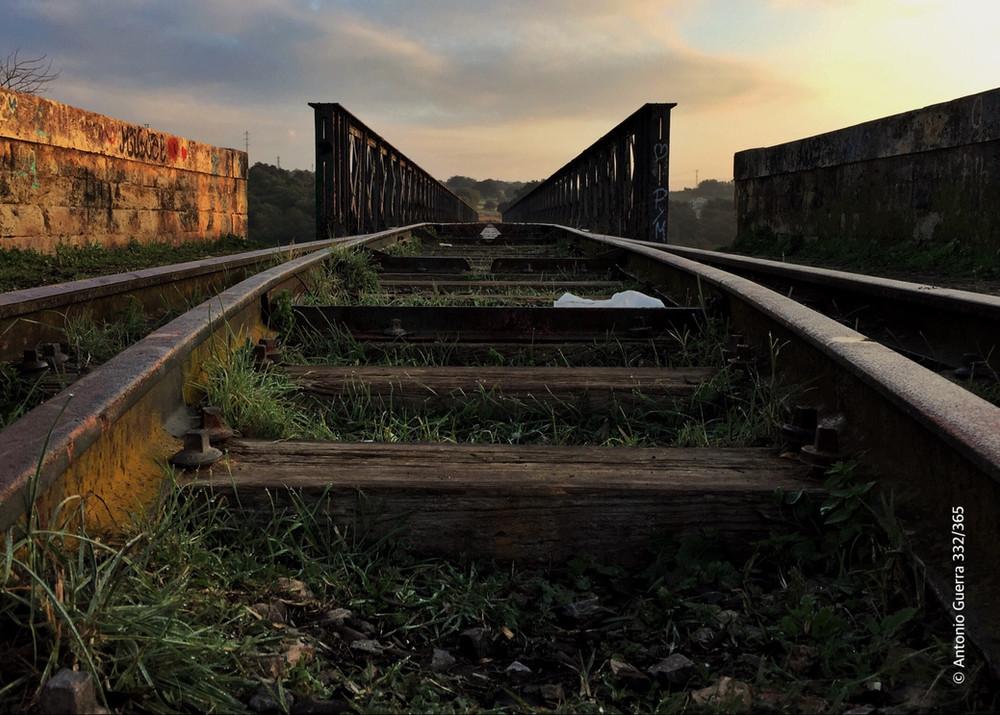 railes puente de hierro.jpg