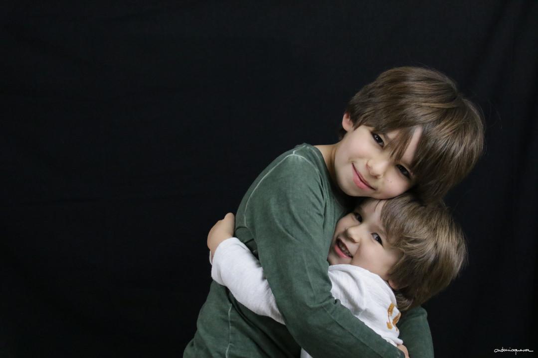 DEF 11 A quien no le gusta un abrazo - Fabio.jpg