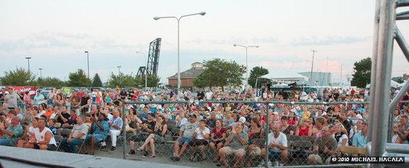 Bluewater Fest crowd