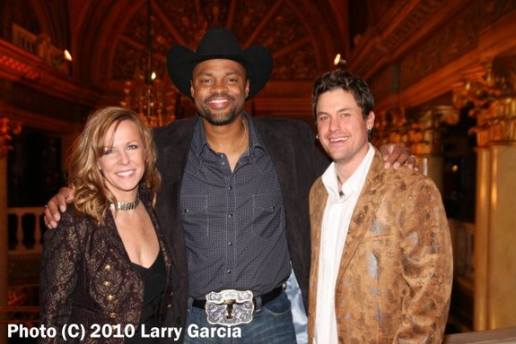 w Cowboy Troy and David Shelby after our performance with Alto Reed