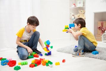 """""""Crie uma rotina com os filhos na quarentena e não os subestimem. Eles sabem que tem algo acontecend"""