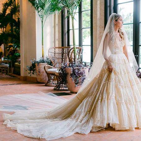 En brudekjole med flere look