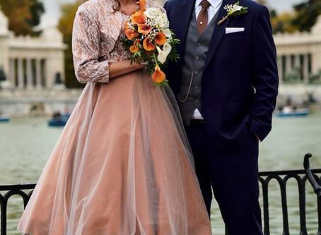 Skreddersydde brudekjoler og dresser – Gratulerer til Alice, Anders, Kirsten og André