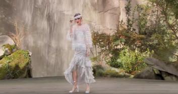 Vårens mote trend fra store motehus Chanel