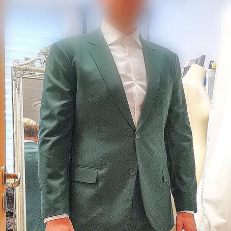 Skreddersydd eller tilpassing av klær