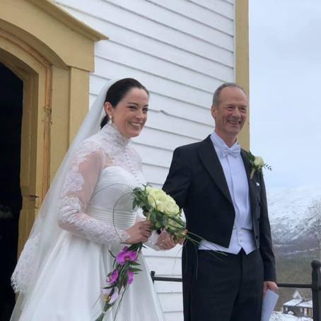 Skredder - Brudekjole til Else-May Botten
