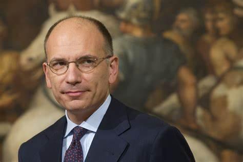 """Fabrizio Cicchitto: """"Ma che ha in testa Enrico Letta?"""""""