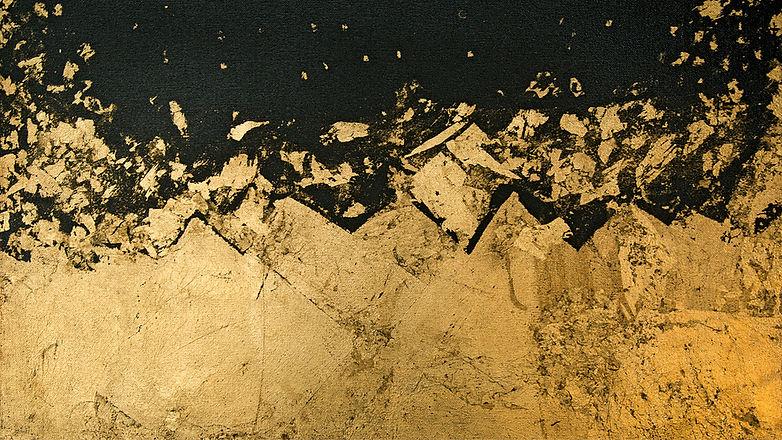 Rowaida-Hakim.-Dubai-Nights.-2014.-Gold-