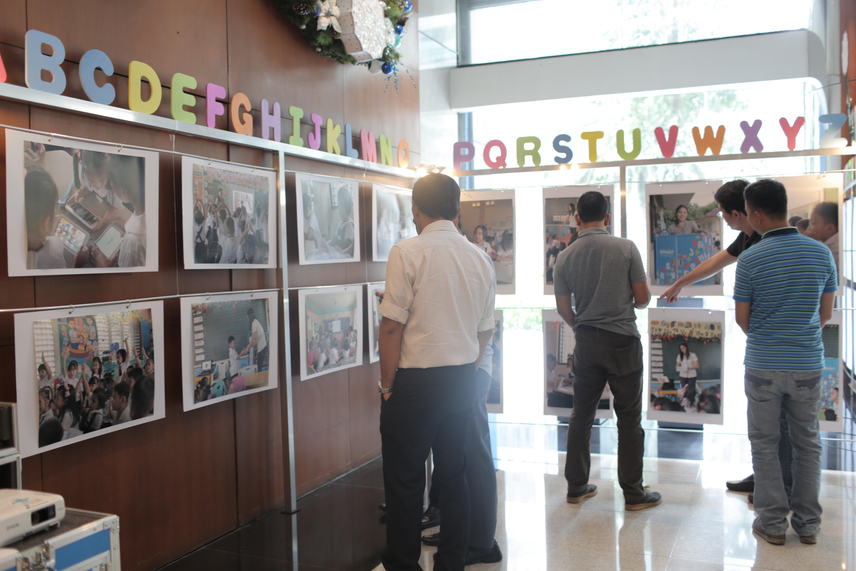Learn Smart Exhibit by Twenty Manila