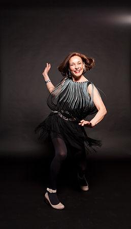 Lizzie Newbery jazz vocals