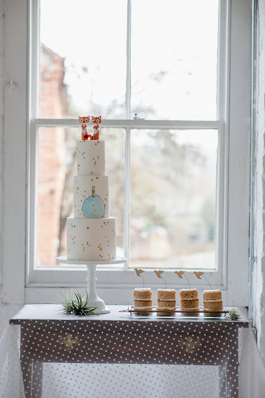Tiny Sarah's Cakes wedding favours vegan cake