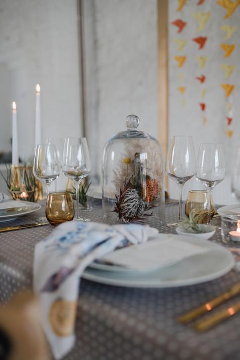 minimalist kitsch table scape