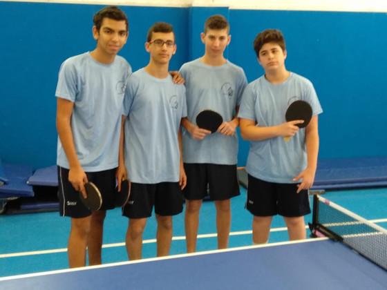 הנבחרת בטניס שולחן בטורניר האיזורי