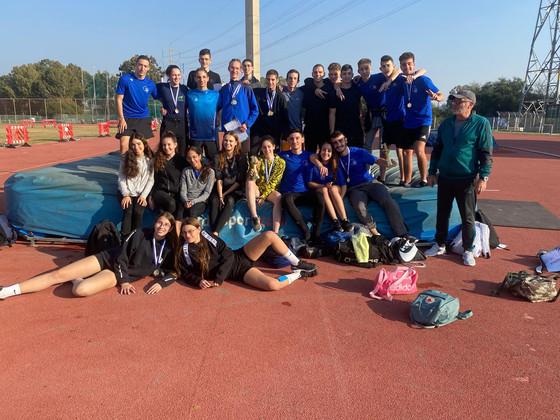 הגימנסיה זכתה באתלטיקה באליפות המחוז במקום ראשון בבנים ובבנות