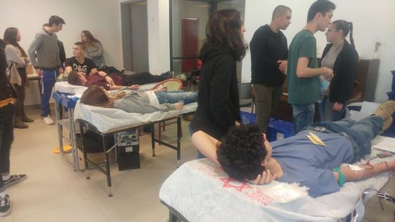 """תרומת דם בגימנסיה תשע""""ח"""