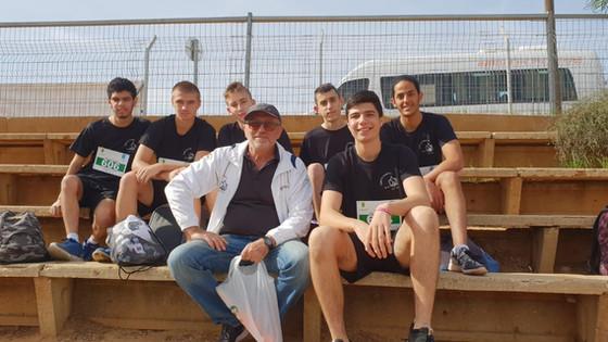 נבחרת האתלטיקה הקלה במירוץ שדה