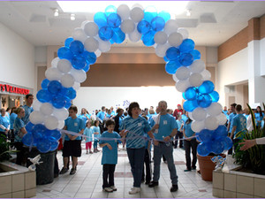 Community Comes Together to Support Autism Walk for Happiness House!