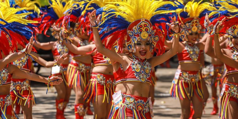 Learn English with Carnival!