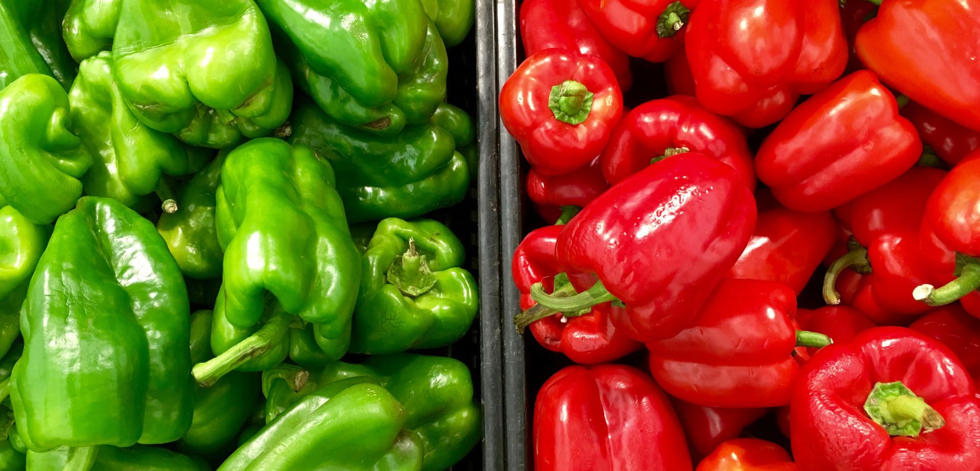 agriculture-bell-pepper-capsicum-128536.jpg