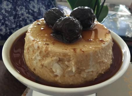 Manjar de Côco com Calda de Ameixas Secas - Sem Gluten e com Leite de Côco - Paleo