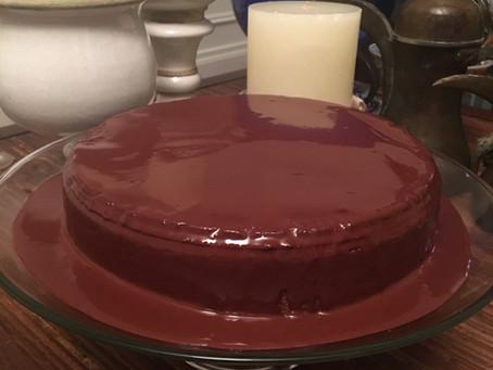 Delicious and Easy to Prepare Carrot Cake - Gluten/dairy/sugar-free - Paleo