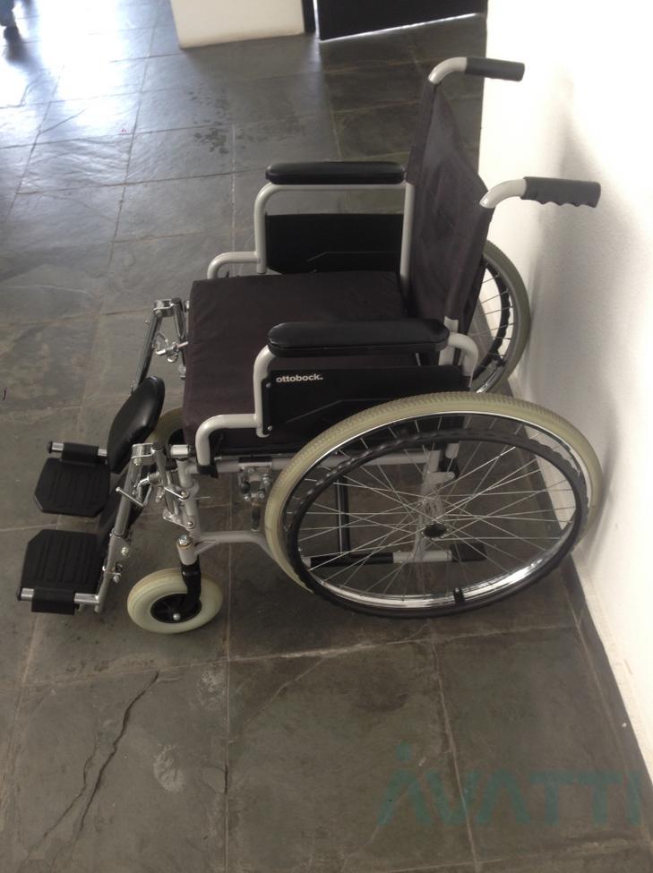 cadeira-de-rodas-centro-s1-equipamento-hospitalar-ortopedico-aluguel-sao-paulo-vale-paraiba-sp-rio-de-janeiro-rj-avatti