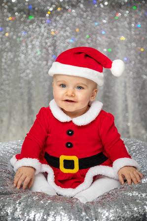 Xmas baby photos.jpg
