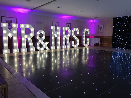 Dream Stars Mr and Mrs light up letters