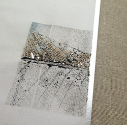 Blue leaves-craft-minimal-skeleton-contemporary-detail-3