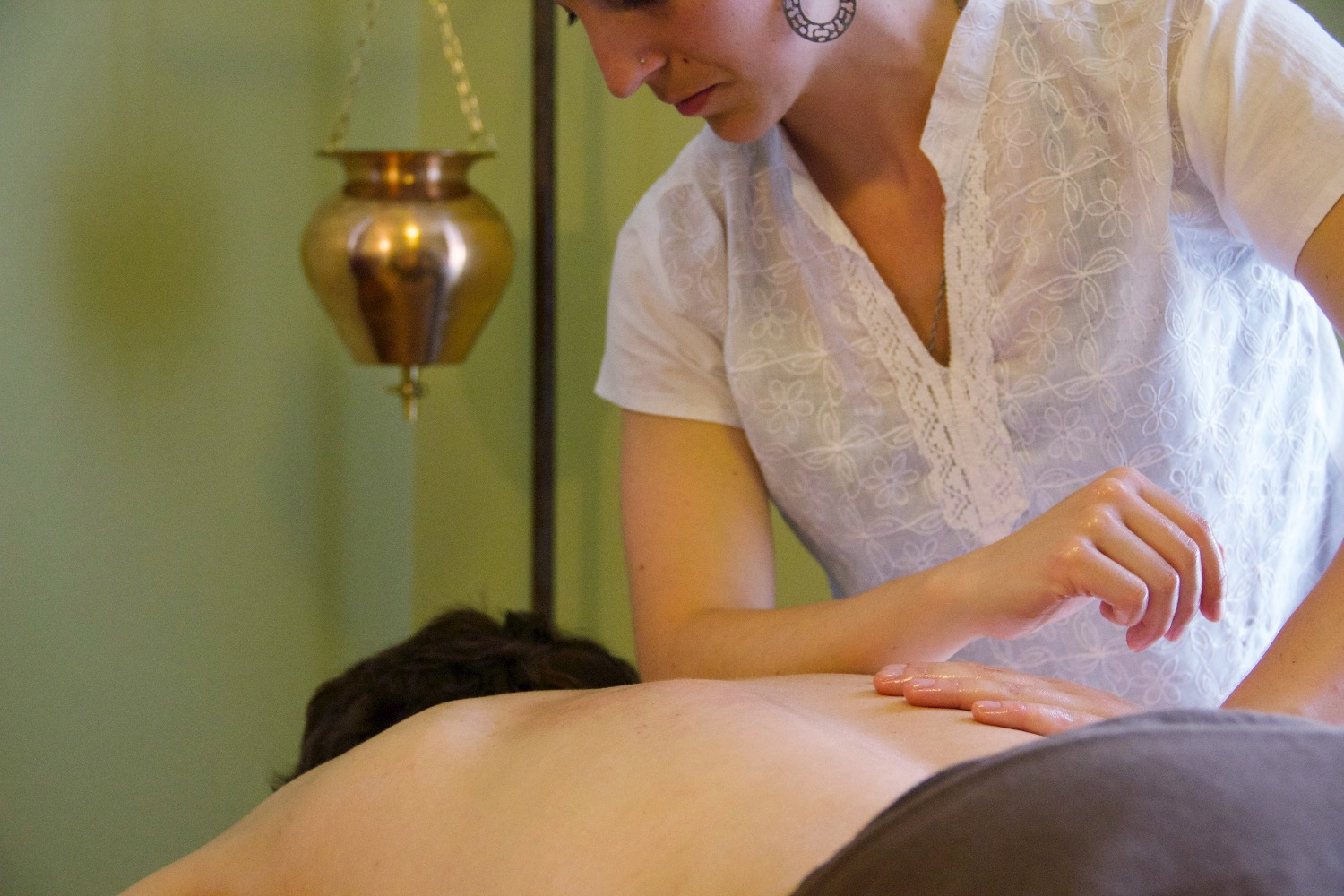 Therapeutic/deep tissue massage