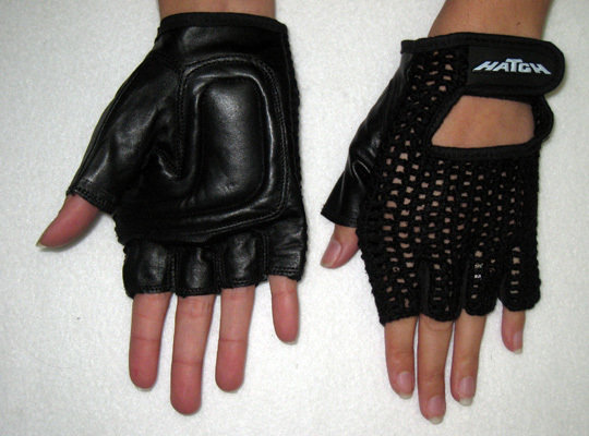 Push Gloves 1/2 Fingers 1/2 Thumb Front and Back View