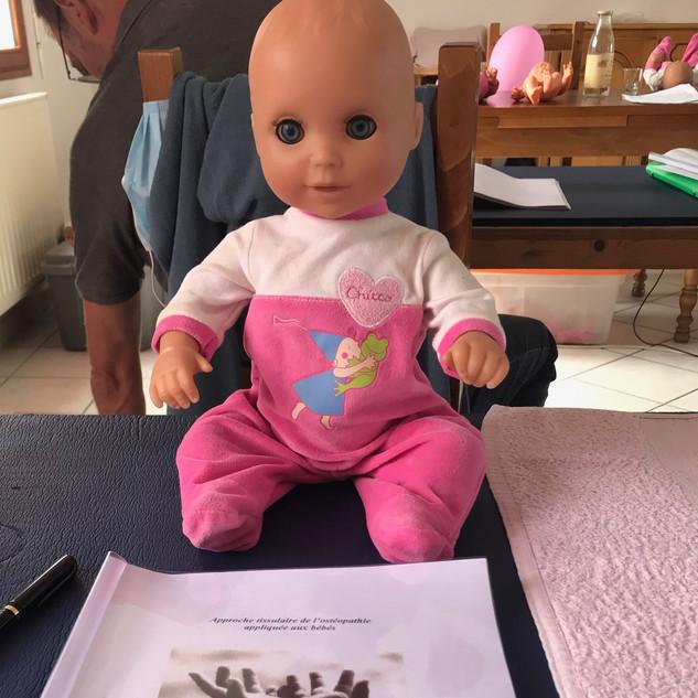 Formation en ostéopathie pédiatrique (nouveau-né, nourrisson, bébé, enfant)