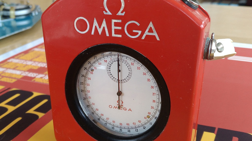OMEGA JUMBO SPLIT STOPWATCH STOPPUHR + RED CARRIER